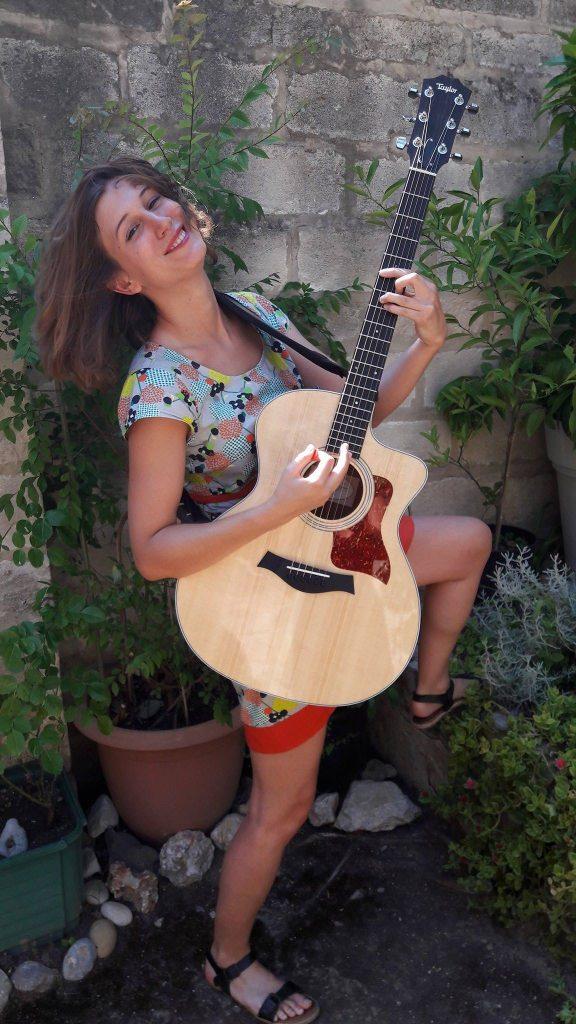 Juliette Heilmann guitare sèche